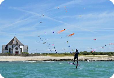 camping-plage-kite-surf-foils-golfe-du-morbihan